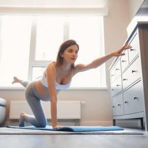 【妊婦におすすめの運動5選】自宅で簡単に運動不足解消!