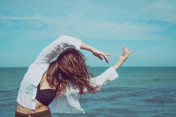 ビーチ 女性